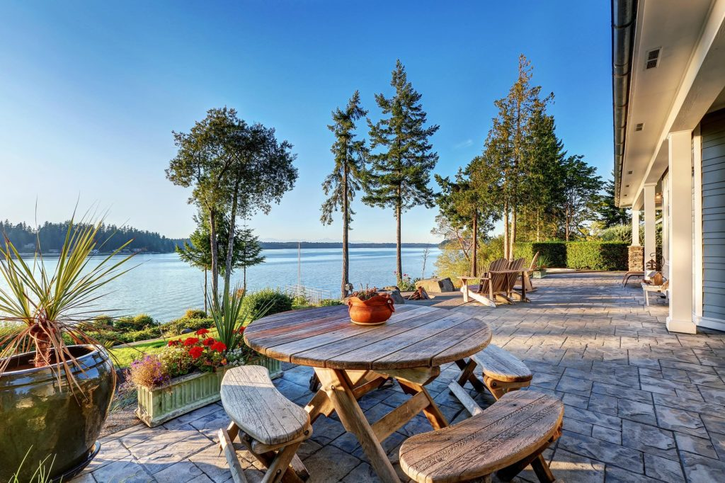 Saanich oceanfront homes for sale